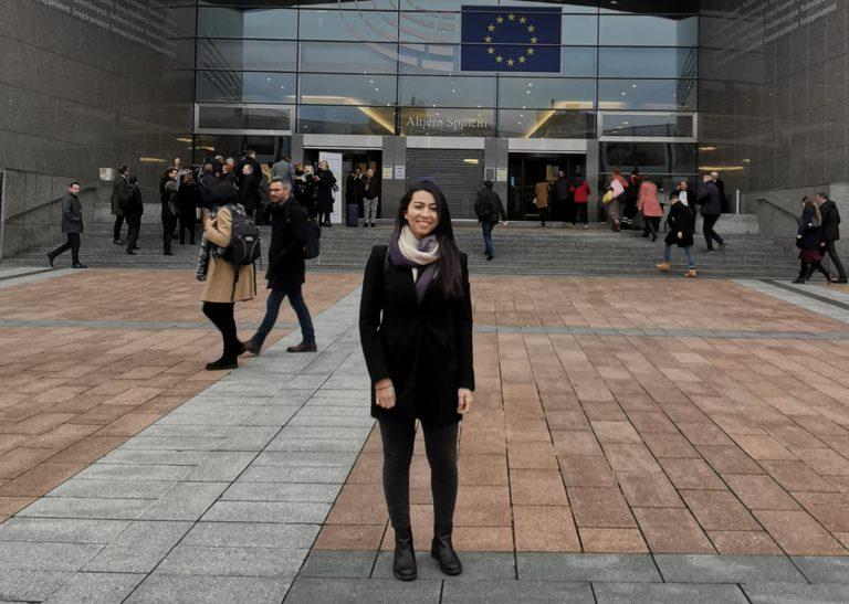 Kampf gegen Armut: junge Aktivist*innen im EU-Parlament