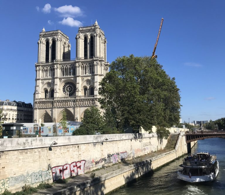 Paris, Corona